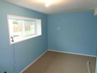 Photo 2: 615 HEMLOCK Avenue in Hope: Hope Center House for sale : MLS®# R2484356