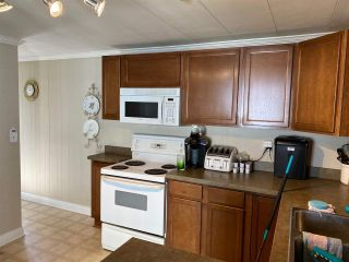 """Photo 7: 47 1840 160 Street in Surrey: King George Corridor Manufactured Home for sale in """"Breakaway Bays"""" (South Surrey White Rock)  : MLS®# R2580835"""
