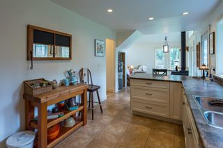 Photo 14: 4739 Wimbledon Rd in : CR Campbell River South House for sale (Campbell River)  : MLS®# 861982