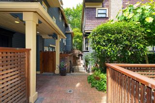 """Photo 31: PH1 380 W 10TH Avenue in Vancouver: Mount Pleasant VW Townhouse for sale in """"Turnbull's Watch"""" (Vancouver West)  : MLS®# R2603176"""