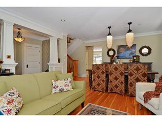 """Photo 3: 132 E 19TH Avenue in Vancouver: Main House for sale in """"MAIN STREET"""" (Vancouver East)  : MLS®# V1117440"""
