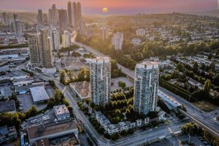 """Photo 2: 2003 5611 GORING Street in Burnaby: Central BN Condo for sale in """"LEGACY"""" (Burnaby North)  : MLS®# R2602138"""