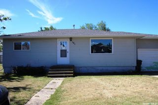 Photo 2: 141 2 Avenue East in Allan: Residential for sale : MLS®# SK844490
