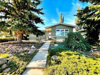Photo 1: 309 GREENOCH Crescent in Edmonton: Zone 29 House for sale : MLS®# E4261883