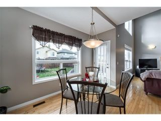 Photo 13: 131 Valley Stream Circle NW in Calgary: Valley Ridge House for sale : MLS®# C4092729