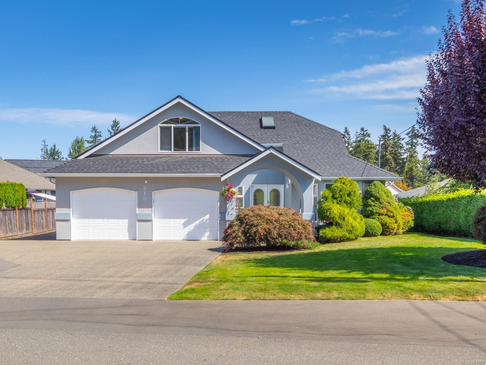 Main Photo: 810 Arrowsmith Way in : PQ French Creek House for sale (Parksville/Qualicum)  : MLS®# 884859