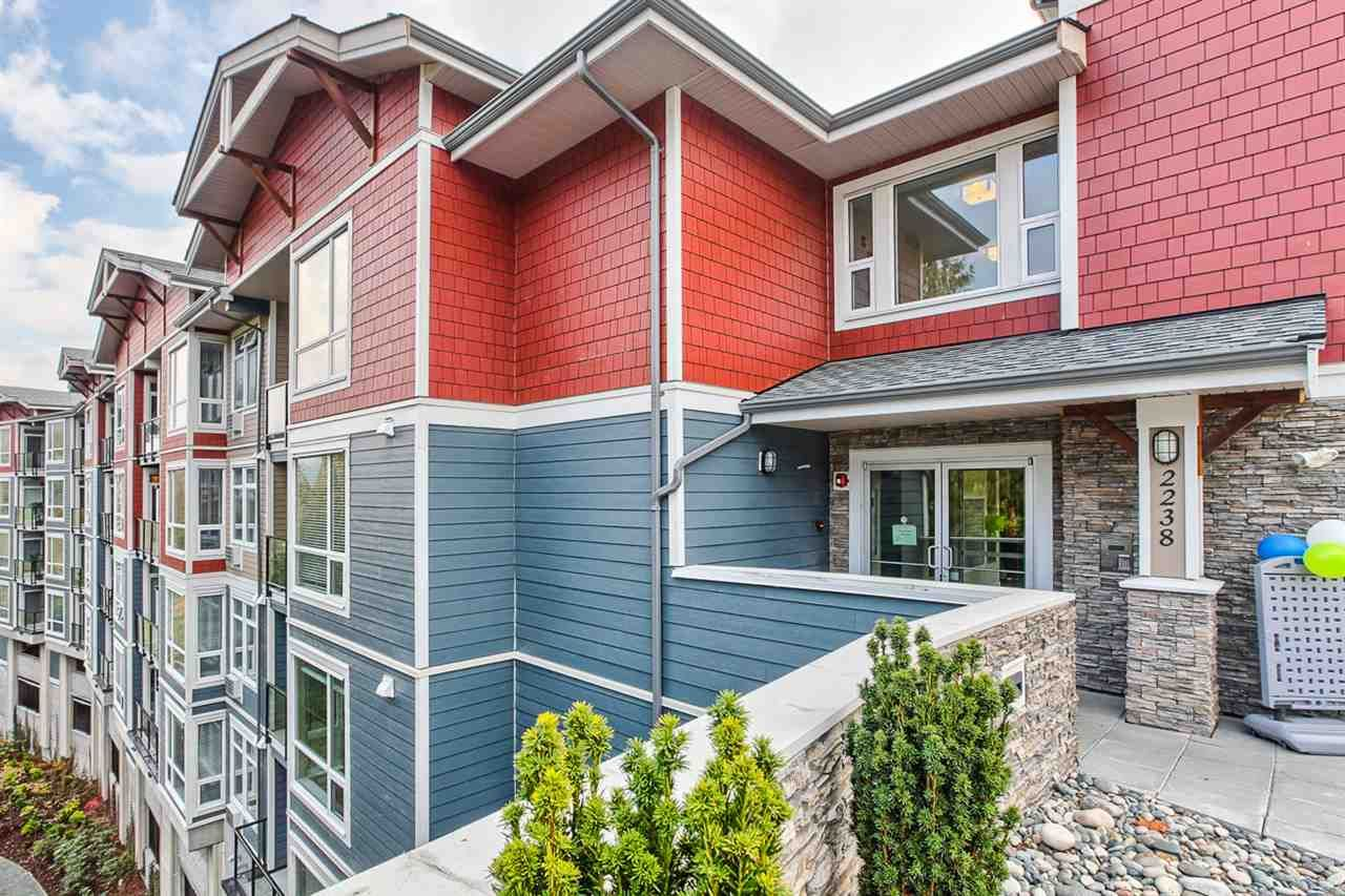 """Main Photo: 101 2238 WHATCOM Road in Abbotsford: Abbotsford East Condo for sale in """"WATERLEAF"""" : MLS®# R2008640"""