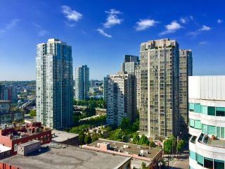 "Photo 13: 1306 821 CAMBIE Street in Vancouver: Downtown VW Condo for sale in ""RAFFLES ON ROBSON"" (Vancouver West)  : MLS®# R2186091"