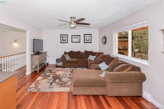 Photo 11: 3587 Desmond Dr in VICTORIA: La Walfred House for sale (Langford)  : MLS®# 806912