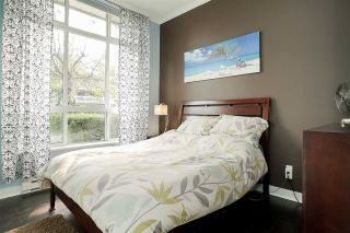 """Photo 7: 84 15353 100 Avenue in Surrey: Guildford Townhouse for sale in """"Soul of Guildford"""" (North Surrey)  : MLS®# R2211059"""