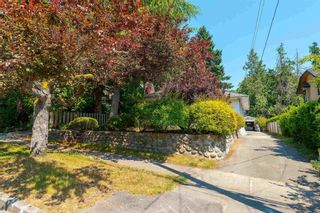 Photo 3: 5876 HIGHBURY Street in Vancouver: Southlands House for sale (Vancouver West)  : MLS®# R2602963