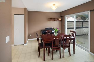 Photo 7: 2826 Santana Dr in VICTORIA: La Goldstream House for sale (Langford)  : MLS®# 808631