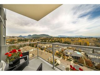 """Photo 19: 1807 3102 WINDSOR Gate in Coquitlam: New Horizons Condo for sale in """"CELADON"""" : MLS®# R2419088"""