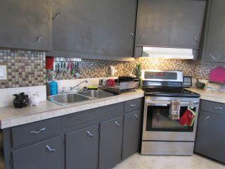 Photo 3: 9619 99 Avenue: Fort St. John - City SE House for sale (Fort St. John (Zone 60))  : MLS®# R2095506
