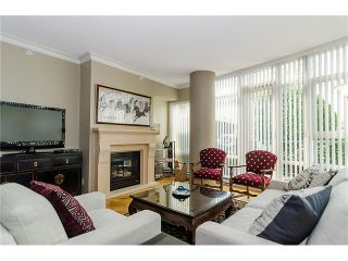 """Photo 3: 1035 MARINASIDE Crescent in Vancouver: Yaletown Townhouse for sale in """"Quaywest"""" (Vancouver West)  : MLS®# V1003827"""