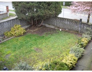 Photo 9: 4393 VICTORY Street in Burnaby: Metrotown House for sale (Burnaby South)  : MLS®# V812368