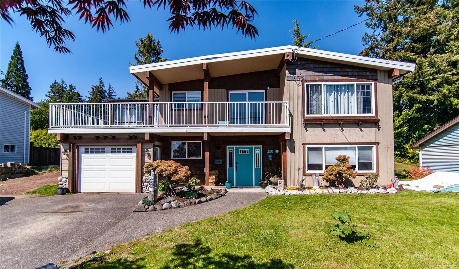 Main Photo: 328 S McCarthy St in : CR Campbell River Central House for sale (Campbell River)  : MLS®# 875823