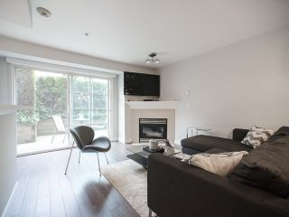 Photo 5: # 222 678 W 7TH AV in Vancouver: Fairview VW Condo for sale (Vancouver West)  : MLS®# V1126235