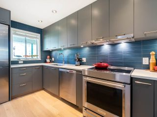 Photo 9: 412 1345 COMOX STREET in Vancouver: West End VW Condo for sale (Vancouver West)  : MLS®# R2286410