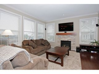 """Photo 8: 20915 71A Avenue in Langley: Willoughby Heights House for sale in """"MILNER HEIGHTS"""" : MLS®# F1436884"""