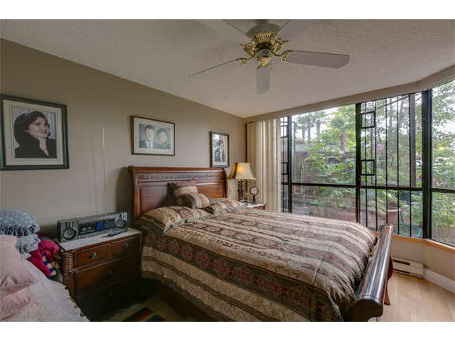 """Photo 11: Photos: G02 1470 PENNYFARTHING Drive in Vancouver: False Creek Condo for sale in """"Harbour Cove"""" (Vancouver West)  : MLS®# V1081390"""