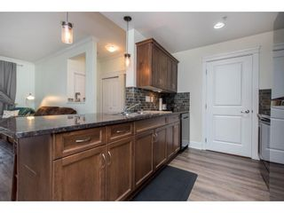 """Photo 9: 106 2068 SANDALWOOD Crescent in Abbotsford: Central Abbotsford Condo for sale in """"The Sterling"""" : MLS®# R2590932"""