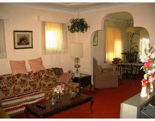 Photo 3: 486 BOYD Avenue in WINNIPEG: North End Residential for sale (North West Winnipeg)  : MLS®# 2815185