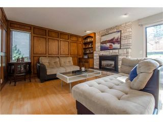 Photo 3: 5939 COACH HILL Road SW in Calgary: Coach Hill House for sale : MLS®# C4102236