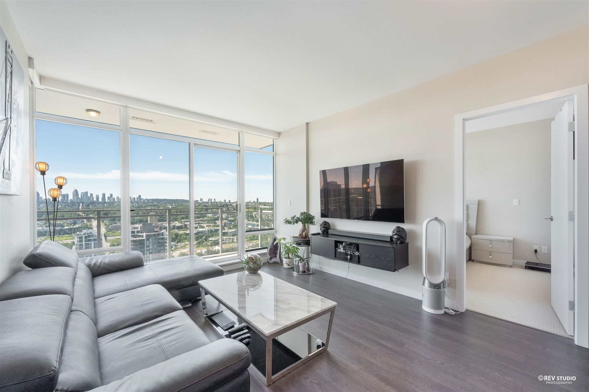 Main Photo: 2509 4485 SKYLINE Drive in Burnaby: Brentwood Park Condo for sale (Burnaby North)  : MLS®# R2602221