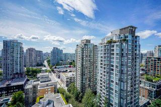 """Photo 1: 2006 989 RICHARDS Street in Vancouver: Downtown VW Condo for sale in """"The Mondrian I"""" (Vancouver West)  : MLS®# R2592338"""