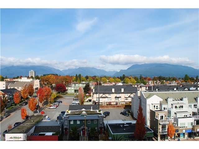 "Main Photo: 804 3920 HASTINGS Street in Burnaby: Willingdon Heights Condo for sale in ""INGELTON PLACE"" (Burnaby North)  : MLS®# V918085"
