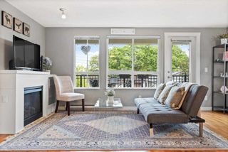 """Photo 2: 6 2780 ALMA Street in Vancouver: Kitsilano Townhouse for sale in """"Twenty on the Park"""" (Vancouver West)  : MLS®# R2575885"""