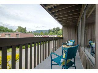 "Photo 4: 995 OLD LILLOOET Road in North Vancouver: Lynnmour Townhouse for sale in ""LYNNMOUR WEST"" : MLS®# V1066492"