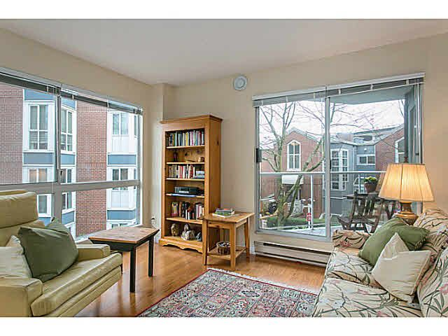 "Main Photo: 201 1508 MARINER Walk in Vancouver: False Creek Condo for sale in ""MARINER'S POINT"" (Vancouver West)  : MLS®# V1105308"