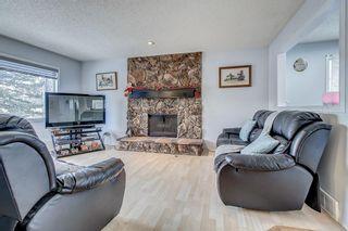 Photo 2: 14904 Deerfield Drive SE in Calgary: Deer Run Detached for sale : MLS®# A1053988