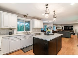 "Photo 10: 4668 218A Street in Langley: Murrayville House for sale in ""Murrayville"" : MLS®# R2519813"