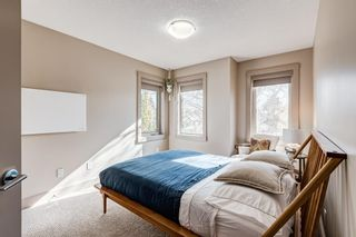 Photo 31: 2203 13 Street NW in Calgary: Capitol Hill Semi Detached for sale : MLS®# A1151291