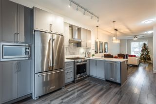 """Photo 8: 4 2988 151 Street in Surrey: Sunnyside Park Surrey Townhouse for sale in """"SouthPoint Walk"""" (South Surrey White Rock)  : MLS®# R2425343"""