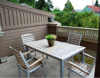 """Photo 8: 281 E QUEENS Road in North_Vancouver: Upper Lonsdale Townhouse for sale in """"QUEENS COURT"""" (North Vancouver)  : MLS®# V659757"""