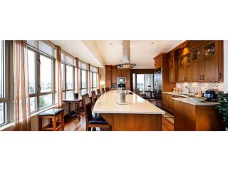 """Photo 2: 1200 5850 BALSAM Street in Vancouver: Kerrisdale Condo for sale in """"Claridge Building"""" (Vancouver West)  : MLS®# V1098054"""