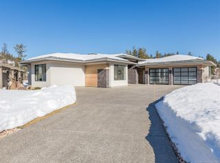 Photo 1: 34 Whitetail Place, in Vernon: House for sale : MLS®# 10200180