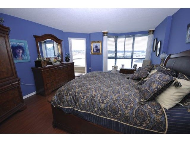 "Photo 5: Photos: 1806 1235 QUAYSIDE Drive in New Westminster: Quay Condo for sale in ""THE RIVERA"" : MLS®# V822108"