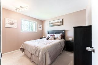 Photo 17: 144 RIVERBROOK Road SE in Calgary: Riverbend Detached for sale : MLS®# C4305996