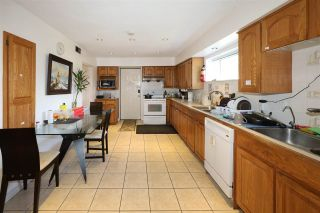 Photo 3: 7875 MANITOBA Street in Vancouver: Marpole House for sale (Vancouver West)  : MLS®# R2563250