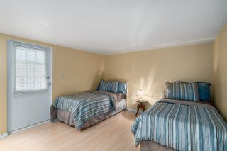 """Photo 13: 2366 GRANT Street in Vancouver: Grandview VE House for sale in """"GRANDVIEW/COMMERCIAL DRIVE"""" (Vancouver East)  : MLS®# R2089719"""