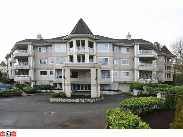 """Main Photo: 101 20120 56TH Avenue in Langley: Langley City Condo for sale in """"BLACKBERRY LANE 1"""" : MLS®# F1102193"""
