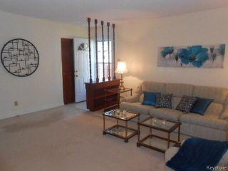 Photo 3: 95 Lismer Crescent in WINNIPEG: Charleswood Residential for sale (South Winnipeg)  : MLS®# 1414652