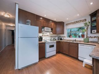 "Photo 4: 8 2306 198 Street in Langley: Brookswood Langley Manufactured Home for sale in ""Cedar Lane Park"" : MLS®# R2237206"