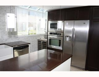 """Photo 3: 828 W 7TH Avenue in Vancouver: Fairview VW Townhouse for sale in """"CASA DEL ARROYA"""" (Vancouver West)  : MLS®# V779570"""