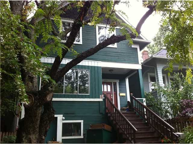 """Main Photo: 1138 ROSE Street in Vancouver: Grandview VE House for sale in """"COMMERCIAL DRIVE"""" (Vancouver East)  : MLS®# V899508"""